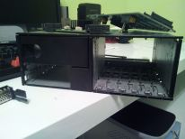 Oootra foto de donde irán los discos duros.