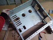 Caja sin soportes, aquí si cabe la placa E-ATX